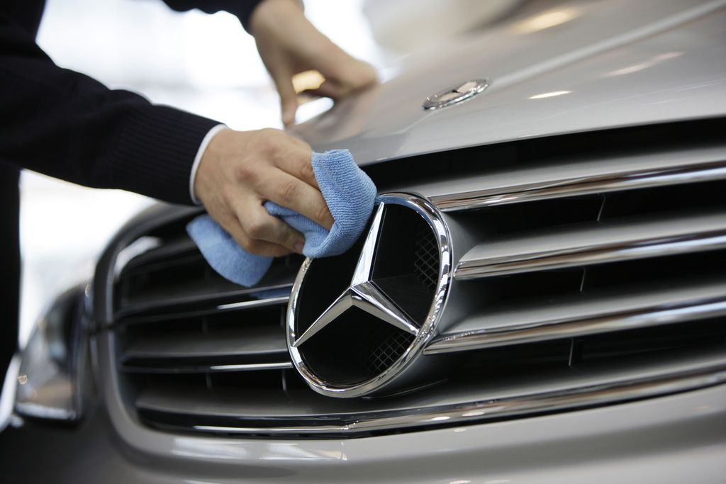 How to Choose The Best Mercedes Benz Service for Your Dream Car?